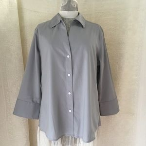 Foxcroft Sz L Grey Button Front Blouse Women